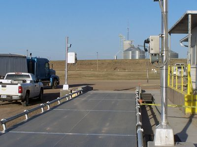 Truck Scale with Inbound and Outbound Panels
